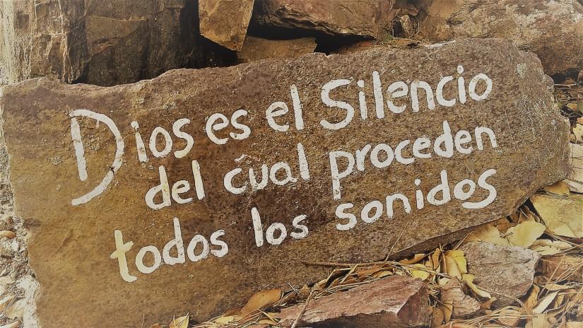 Deus é o silêncio